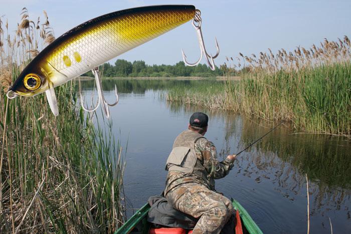 ловля щуки на заросших водоемах